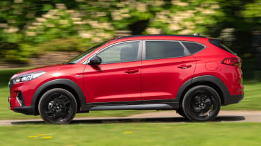 Hyundai Tucson N Line - side tracking