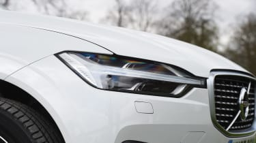 Volvo XC60 long-term test - headlight