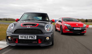 MINI JCW GP vs Renaultsport Megane Cup