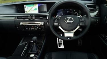 Lexus GS F - dash