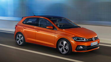 New Volkswagen Polo R-Line - front tracking