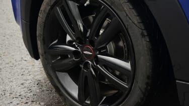 MINI Cooper - wheel