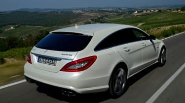 Mercedes CLS 63 AMG Shooting Brake rear tracking