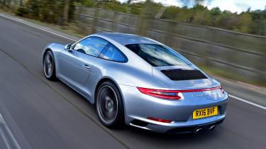 Porsche 911 Carrera 4S 2016 - rear tracking