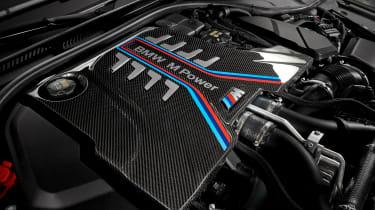 BMW M5 CS - studio engine detail