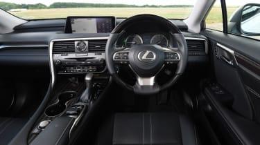 Lexus RX 450h L - dash