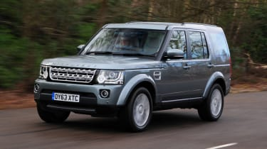 Land Rover Discovery 2014 front tracking