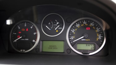 Used Land Rover Freelander 2 - dials