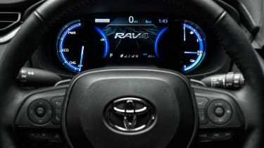 Toyota RAV4 Prime - dials