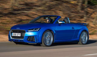 Audi TT RS Roadster - front