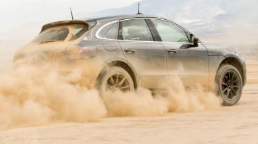 Porsche Macan dust
