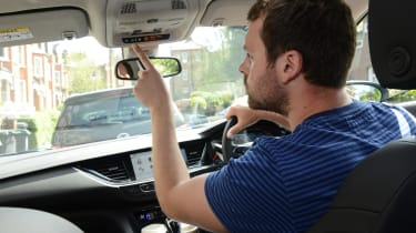 Vauxhall Insignia Sports Tourer - OnStar