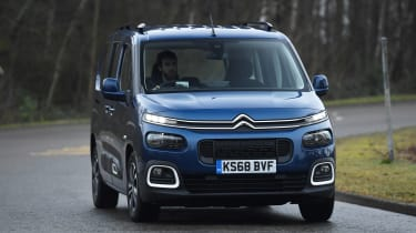 citroen berlingo xl cornering
