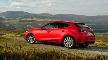 Mazda 3 2016 - rear quarter