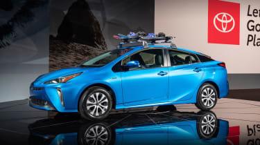 Toyota Prius - LA Motor Show -front/side