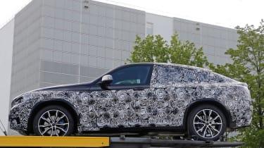 2018 BMW X4 spy shot