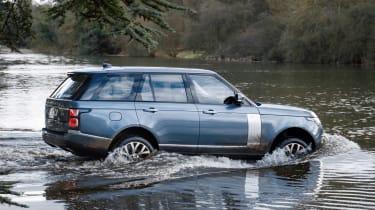 Range Rover PHEV - side water