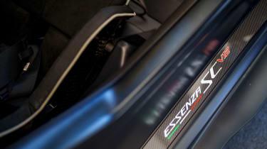 New Lamborghini Essenza SCV12 2021 review - sill