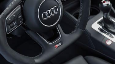 Audi RS3 Saloon 2017 - steering wheel