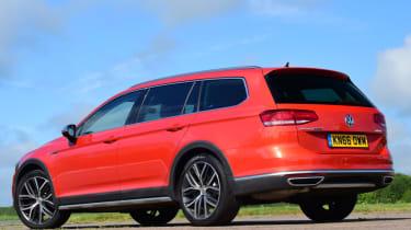 Volkswagen Passat Alltrack - rear static