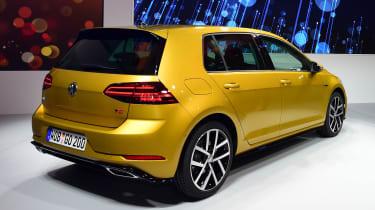 New 2017 Volkswagen Golf reveal - rear static