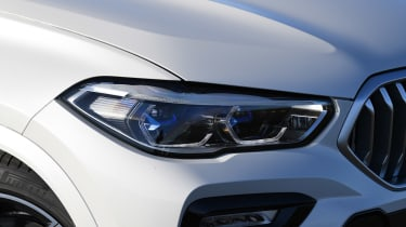BMW X6 - front light