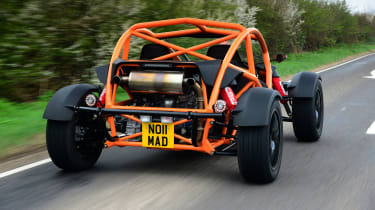 Ariel Nomad - rear tracking