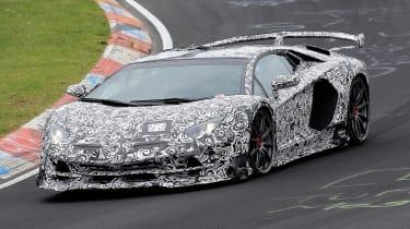 Lamborghini Aventador SVJ - spyshot front/side action