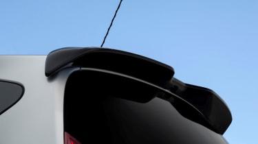 Nissan Note Black Edition - spoiler