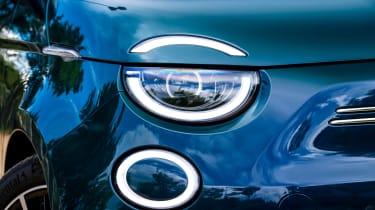 Fiat 500 - headlight