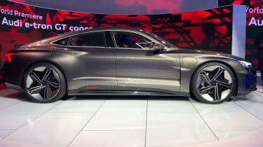 Audi e-tron GT -LA Motor Show - side