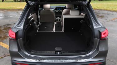 Mercedes EQA - boot