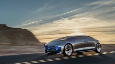 Mercedes-Benz F 015 concept - driving