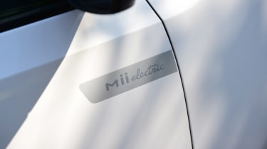 SEAT Mii electric - long termer first report side badge