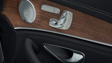 New Mercedes E-Class 2016 studio seat adjust