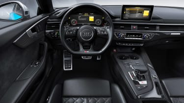 Audi S5 Coupe - dash