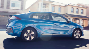 Hyundai Ioniq autonomous - rear action