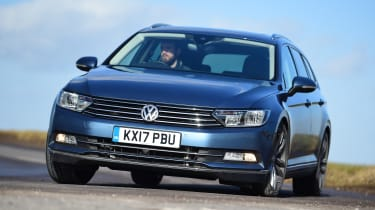 Volkswagen Passat Estate - front action
