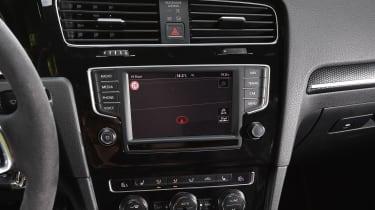 Volkswagen Golf GTI Clubsport S - centre console