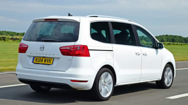 SEAT Alhambra - rear tracking