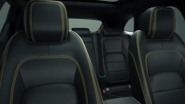 Jaguar F-Pace 300 Sport - seats