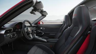 Porsche 911 Targa 4 GTS - interior