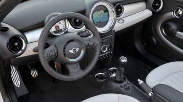 MINI Roadster Cooper S interior