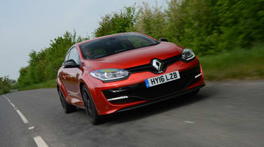 Renault Megane RS 275 Cup-S 2016 front tracking