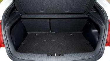 Hyundai Veloster Turbo boot