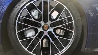 Porsche Taycan - reveal wheel