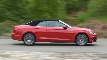 Audi A5 Cabriolet - side action