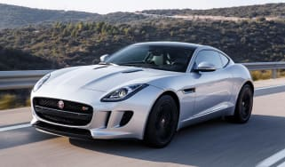 Jagaur F-Type Coupe 2014 action