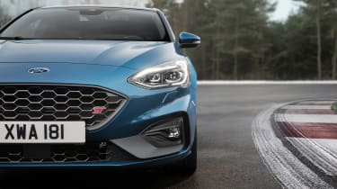 Ford Focus ST - front detail