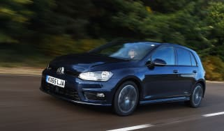 Volkswagen Golf R-Line 2016 - front tracking